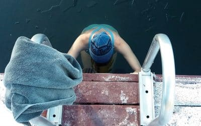 Cold water swimming: Why an icy dip is good for your mental and physical health